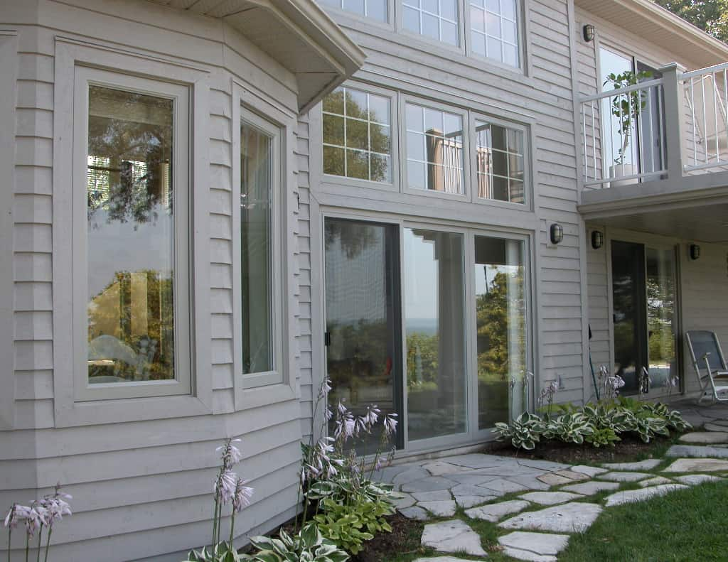 Non-traditional window frame colour