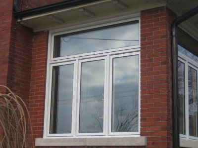 Tri-window with transome