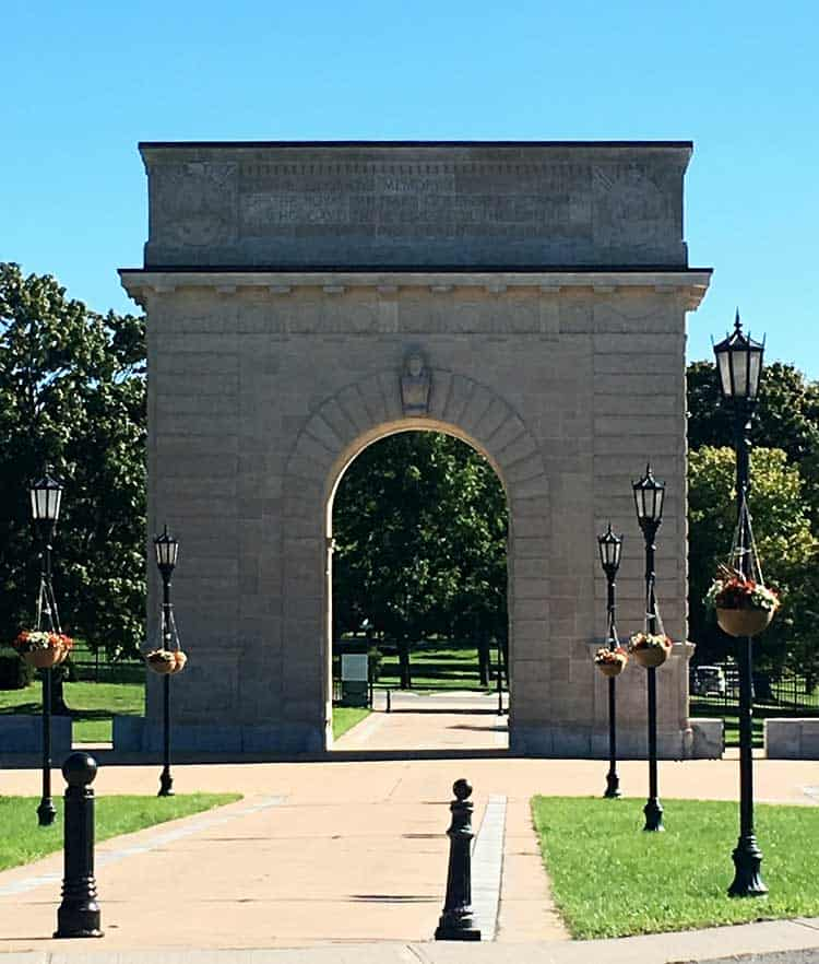 Kingston Arch