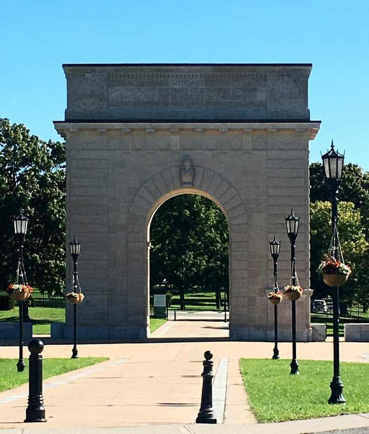 Kingston Arch